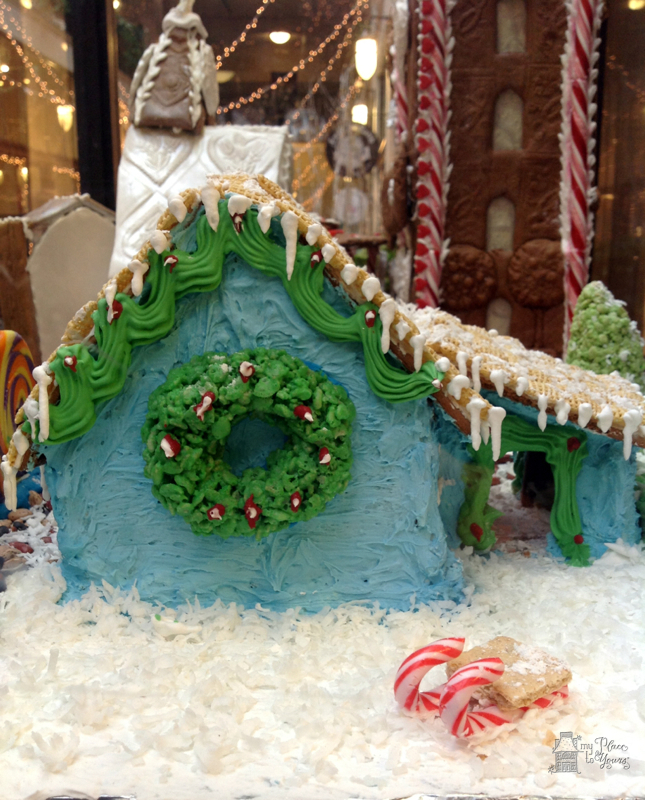 Grove Arcade Gingerbread11.Grove Arcade Gingerbreade11.IMG_3768