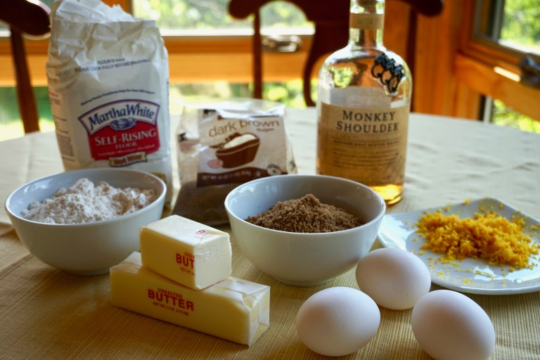 Honey and whisky cake recipe ingredients.