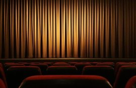 DELF writing exam: theatre outline
