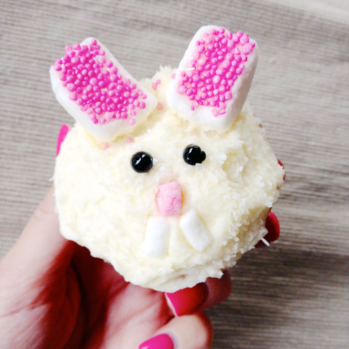 Bunny Cup Cake