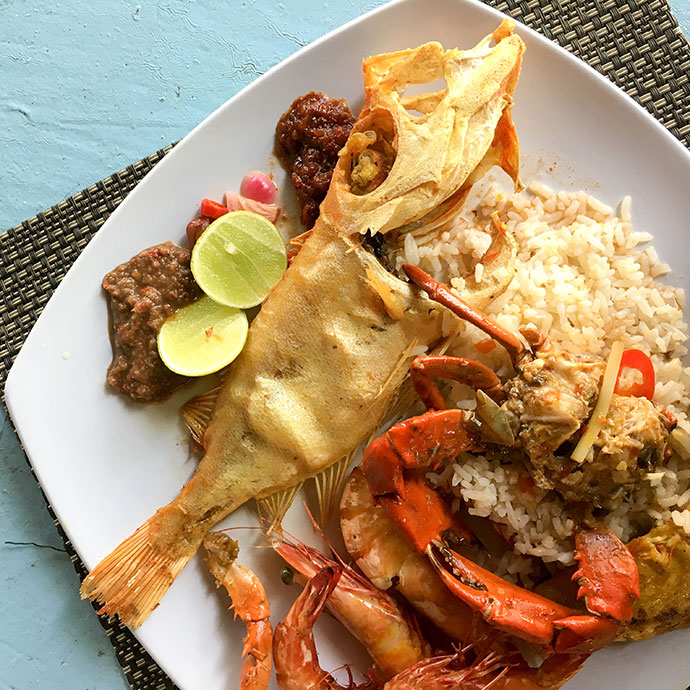 BBQ seafood lunch island tour Sabah