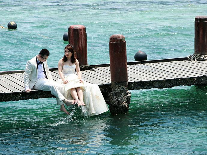 wedding photos on Manukan Island in Sabah