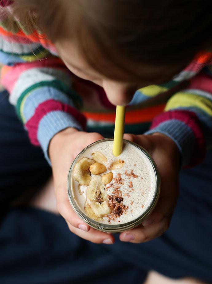 Banana choc and peanut butter smoothie recipe - mypoppet.com.au