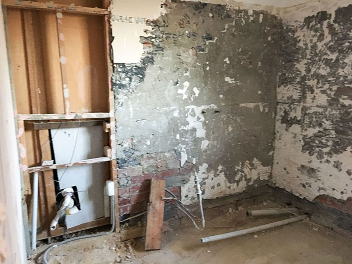 bathroom renovation demolition