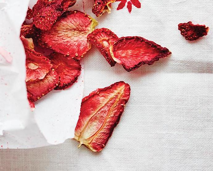 Strawberry Chips recipe -best Strawberry recipe roundup