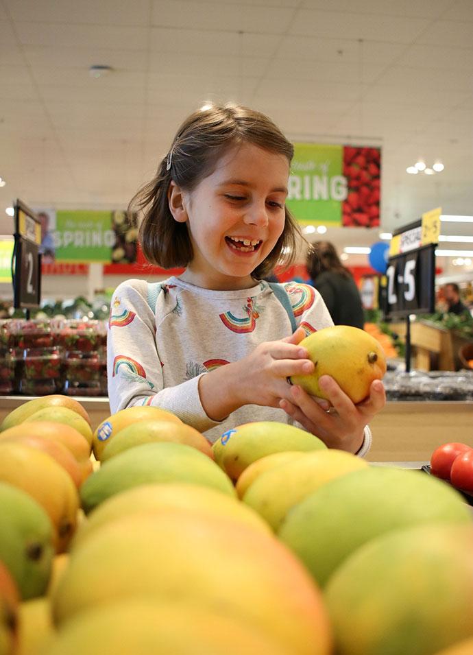 Fruit shopping - mypoppet.com.au