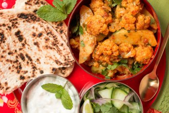 Aloo Gobi - Cauliflower and Potato Curry recipe