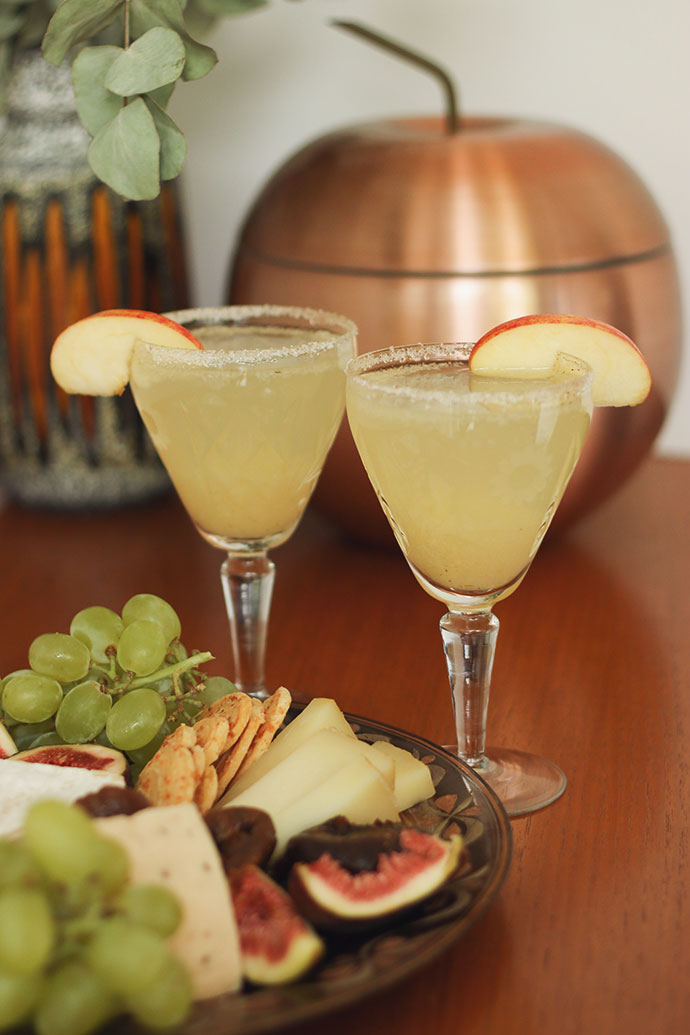 Apple Pie Bellini recipe - mypoppet.com.au