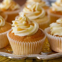 Easy Butterbeer Cupcakes - A Harry Potter Inspired Recipe