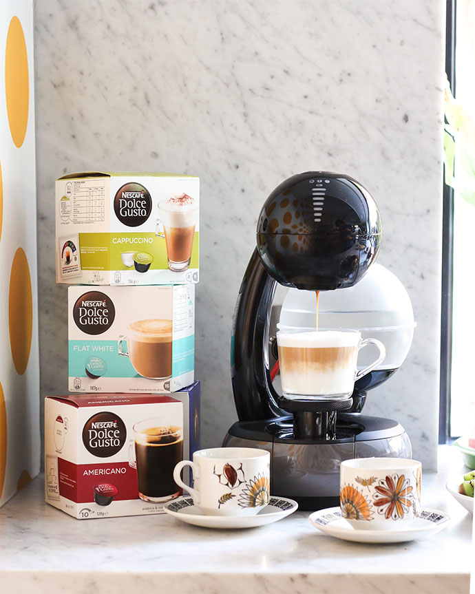 NESCAFÉ Dolce Gusto Esperta Coffee Machine and capsules