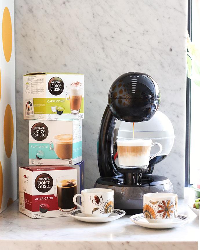 NESCAFÉ Dolce Gusto Esperta Coffee Machine and capsules