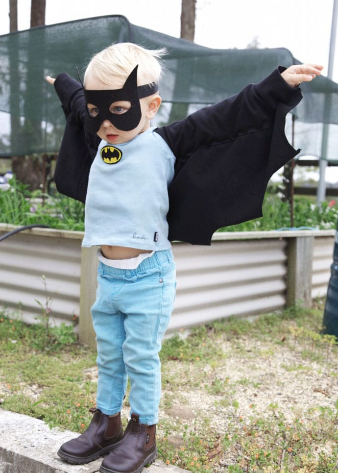 How to make wings for Batman costume - mypoppet.com.au