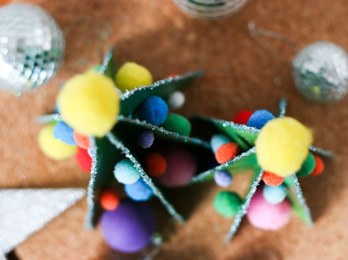Kids Christmas craft - cereal box christmas trees mypoppet.com.au