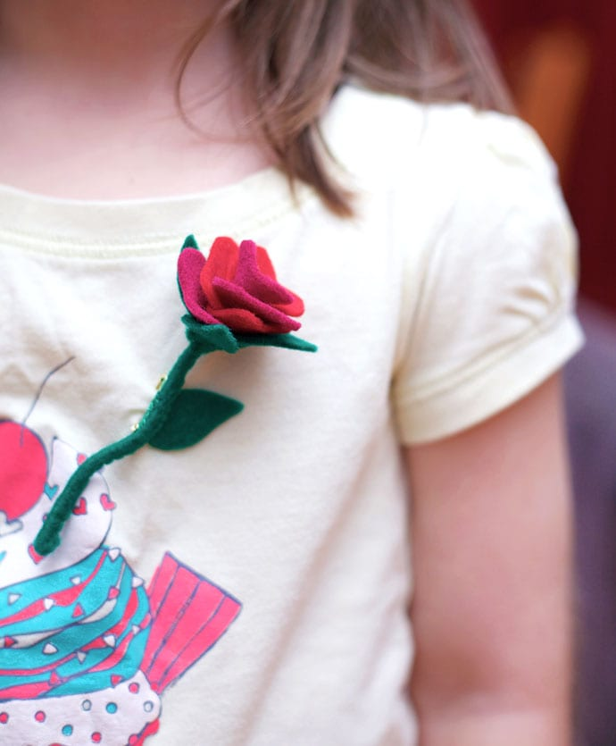 Felt rose brooch pattern - mypoppet.com.au