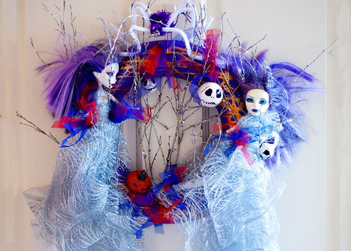 Upcycled Halloween Wreath DIY