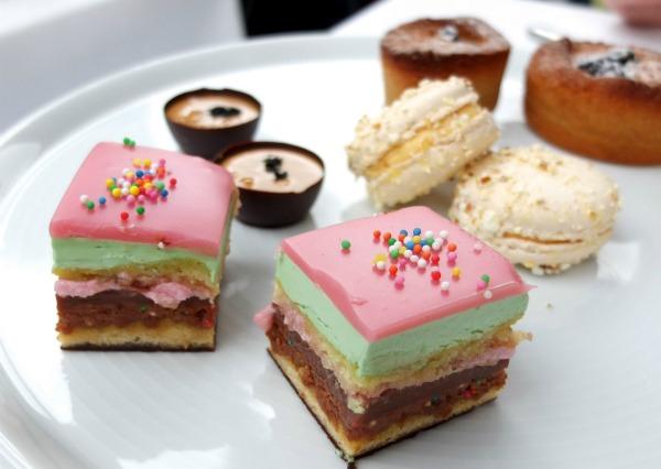 lipton high tea cakes lolly bag