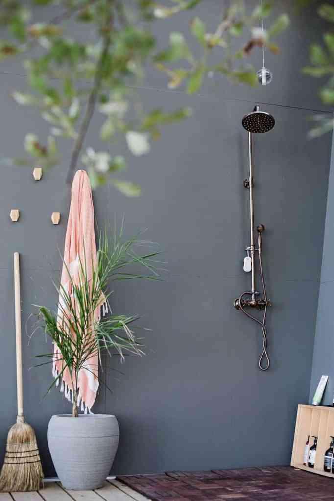 trim-studio-galiano-tiny-house-8