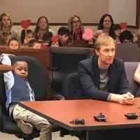 5-year-old boy invites entire kindergarten class to witness his adoption hearing