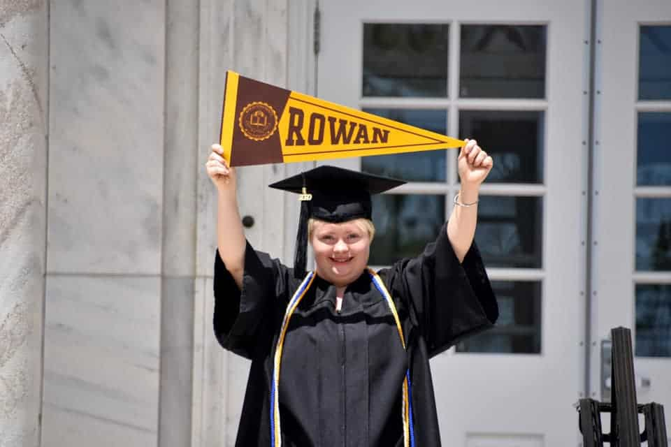 Woman with down syndrome earns her bachelor's degree.