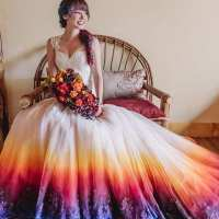 Artist starts a trend after her unique wedding dress goes viral