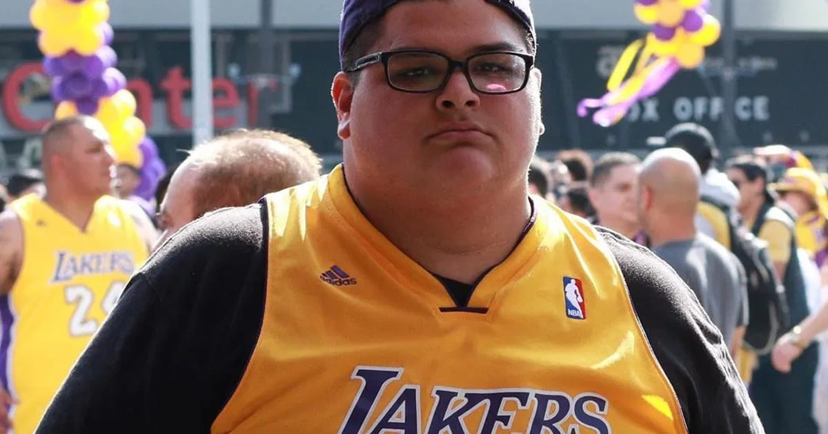 Man adopts Kobe Bryant's 'Mamba mentality' and loses 170 pounds within 9 months - my positive outlooks