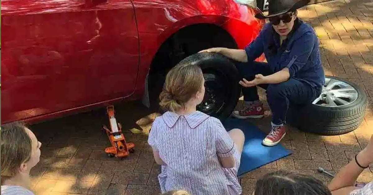 School teaches girls how to change tires and other car maintenance skills as part of new initiative - my positive outlooks