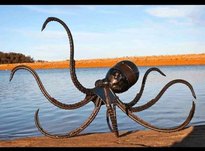 A metal sculpture of an Octopus created by Jordan Sprigg