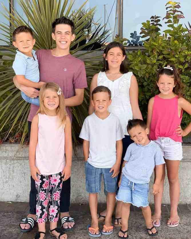 Seven siblings
