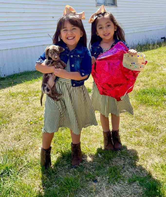 Luna and Gianella Gonzalez