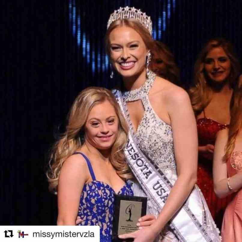 Микайла Холмгрен во время конкурса Мисс Миннесота США
