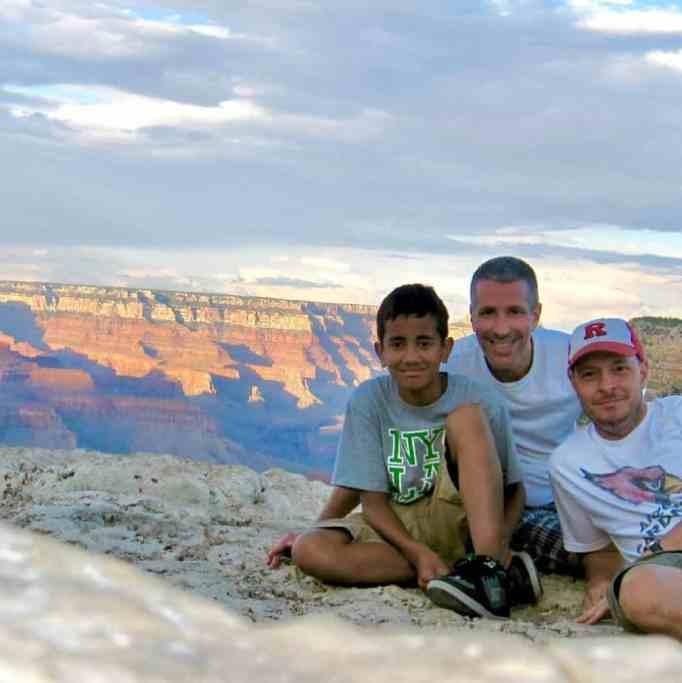 Дэнни Стюарт, Пит Меркурио и Кевин в национальном парке Гранд-Каньон