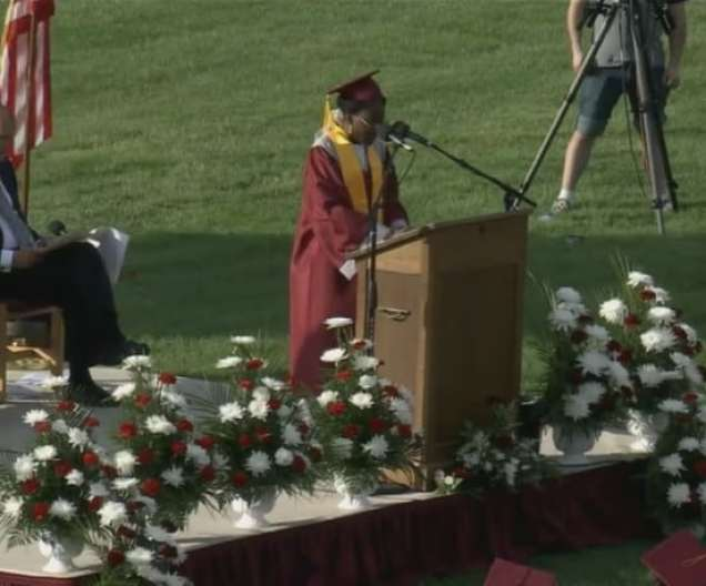 Verda Tetteh delivering her graduation speech