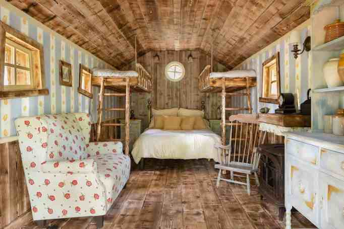 Winnie the Pooh-inspired Airbnb in the UK