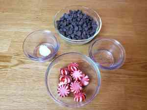 Keto Chocolate Peppermint Bark ingredients