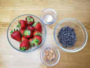 ingredients for Keto Chocolate Covered Strawberries