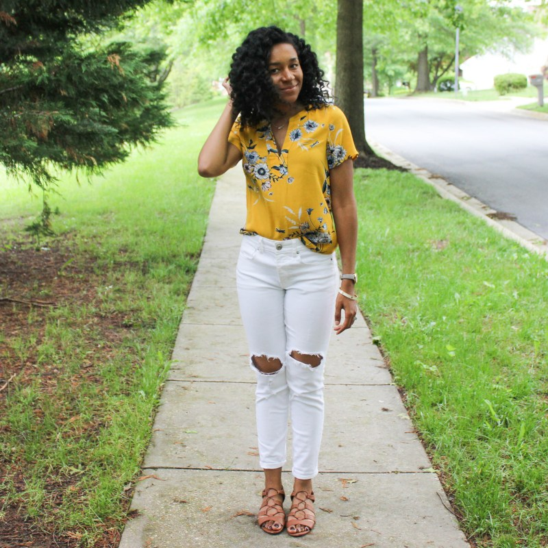 Old Navy Yellow Shirt with White AE Jeans-9804