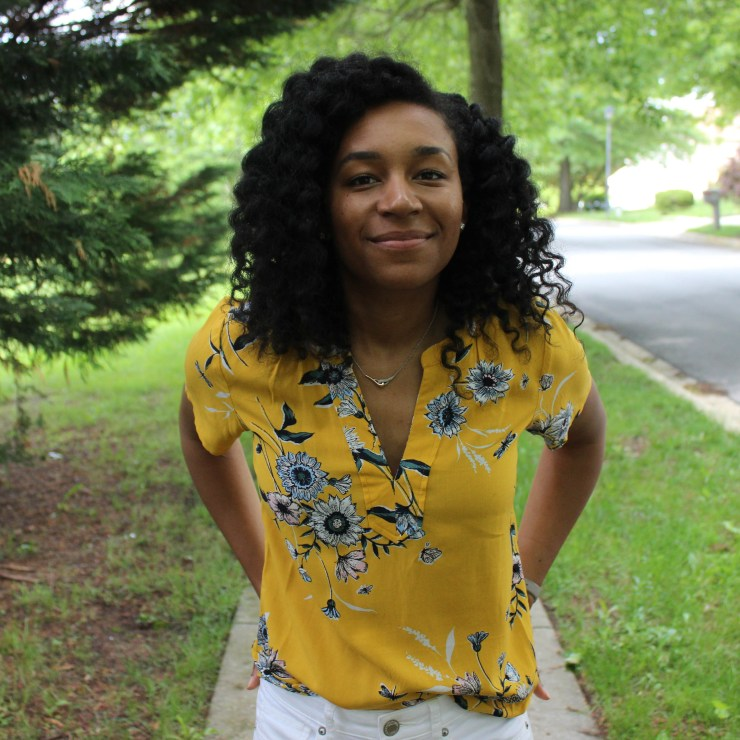 Old Navy Yellow Shirt with White AE Jeans-9884
