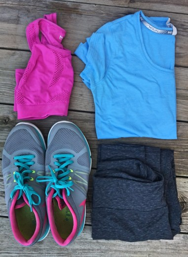 What's in my gym bag - gym clothes