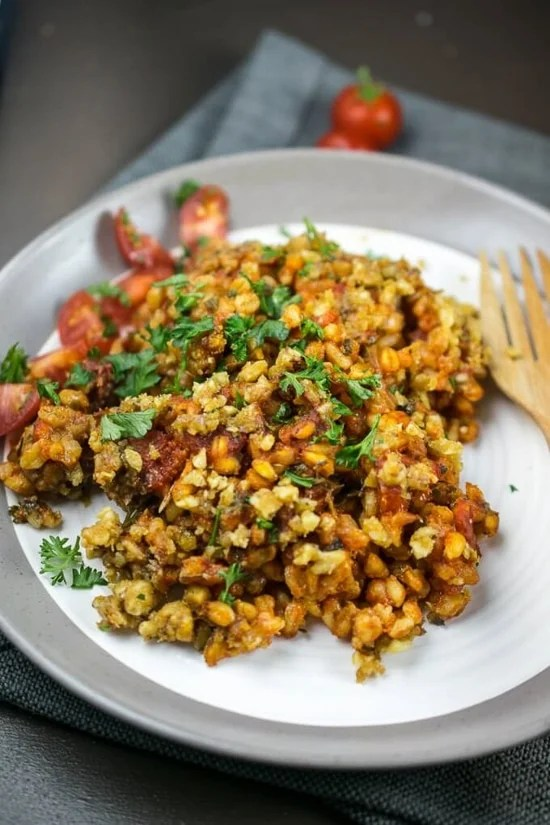 baked farro with tomatoes and herbs