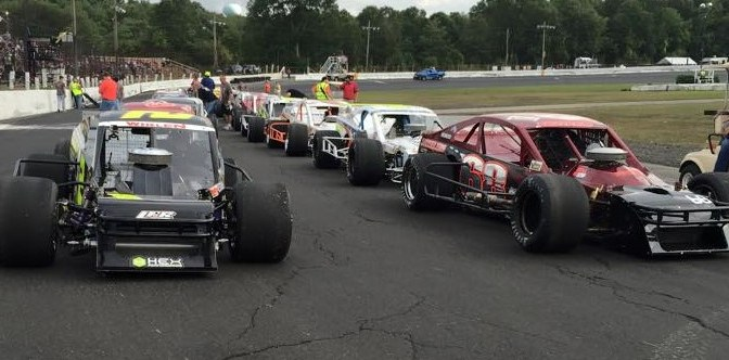 Tri Track Open Modified Series Announces Return to New London-Waterford Speedbowl