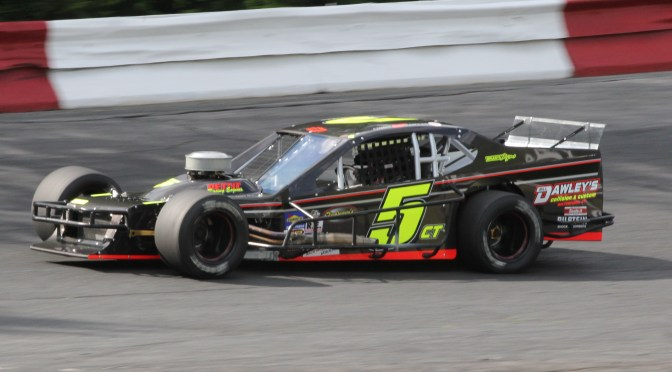 Pasteryak Claims Valenti Modified Racing Series Season Opener