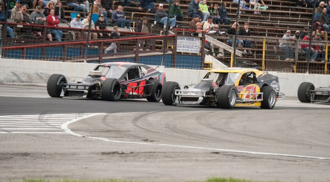LYON, COCHRANE, BAINBRIDGE & WYLIE TAKE QUEEN CITY CLASH WINS AT LANCASTER