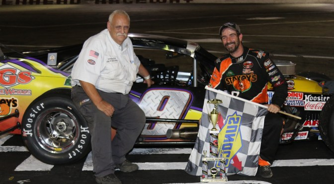 TOM ROGERS JR. CAPTURES THIRD NASCAR MODIFIED VICTORY OF 2017 AT RIVERHEAD RACEWAY