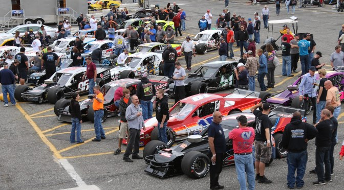 BUSY MEMORIAL DAY WEEKEND OF RACING AT RIVERHEAD RACEWAY SET WITH DOUBLEHEADER SATURDAY NIGHT & SUNDAY AFTERNOON