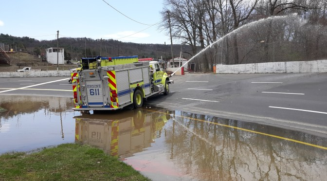 Heavy flooding forces cancelation of Mahoning Valley Speedway races
