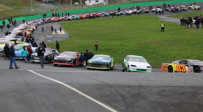 Massive Field Turns Out for Thunder Road Practice Day