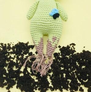 pattern crochet amigurumi sam the flowers spirit