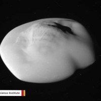 Behold The Ravioli-Shaped Saturn's Moon Atlas