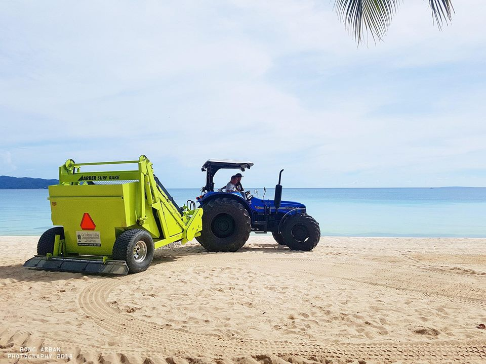 Boracay's New Beach Cleaning Machine arrives May 2018