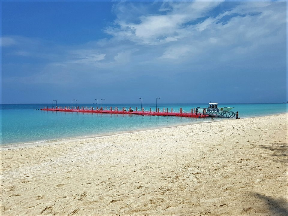 Temporary Pontoons on Boracay ahead of reopening
